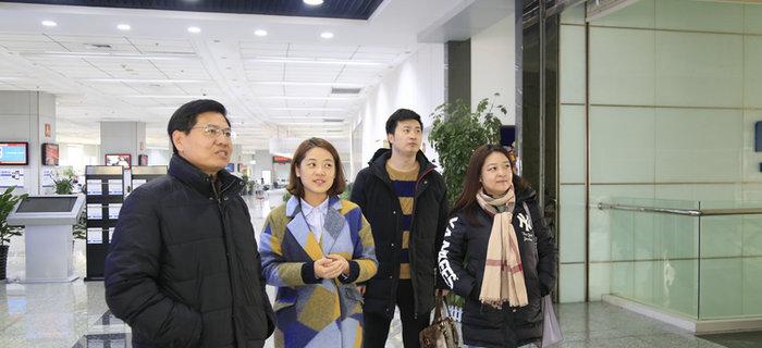 北京航空航天大学李晓钢教授一行到访大市场