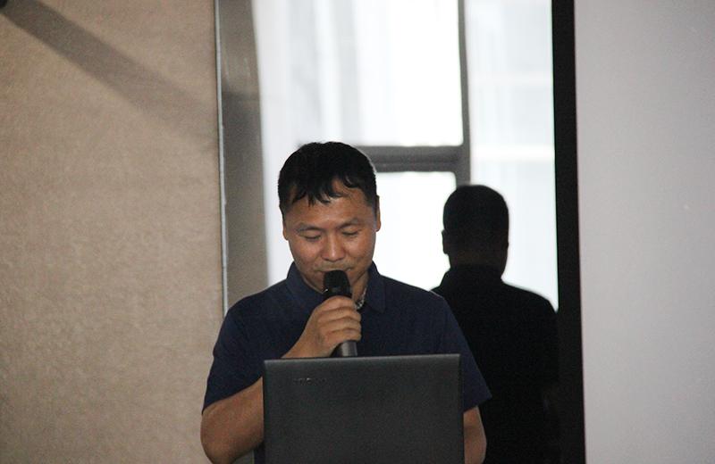 西安科技大市场主任王文斌.jpg